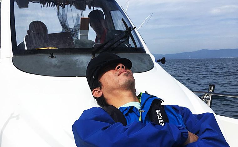 トローリング船で寝る