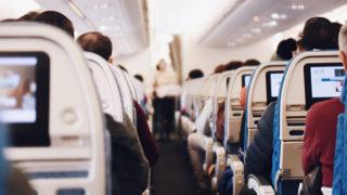 飛行機内座席風景